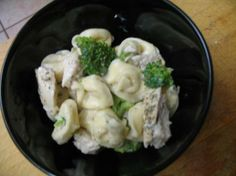 $5-10 Dollar Meals- Cheap Eats's Low Fat Tortellini with Alfredo Sauce   16 ounces boneless skinless chicken breasts, cut in cubes 20 ounces cheese tortellini, Buitoni mixed 14 ounces frozen broccoli florets	 (or desired amount)...See More
