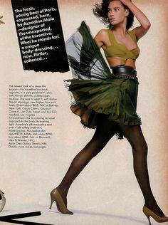 80s fashion (miniskirt)