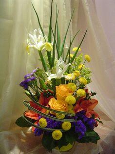A wonderful flower arrangement called Omni