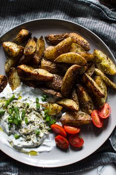Flourishing Foodie: Crispy Za'atar Fries with a Garlic Scallion Dipping Sauce