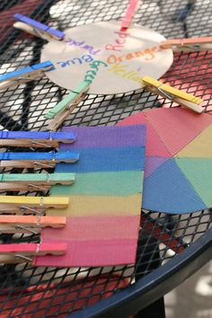 The Clothes Pin game. Match colors for a great small motor skills activity.