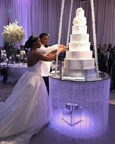 Stunning crystal wedding cake table would be the showpiece of the wedding reception ❤ Congrats to DANA + AKEEM