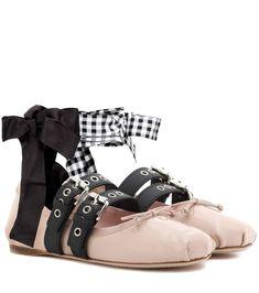 MIU MIU 搭扣缀饰漆皮芭蕾舞平底鞋. #miumiu #shoes #芭蕾舞平底鞋