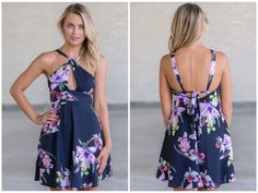 Just $40 for this navy floral print dress!  http://ss1.us/a/jNe9IqyE