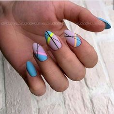 Make an original manicure for Valentine's Day - My Nails Fancy Nails, Pretty Nails, Hair And Nails, My Nails, Lines On Nails, Geometric Nail, Fire Nails, Easter Nails, Minimalist Nails