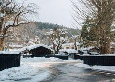 Snow covered streets of Kakunodate, Akita. Irori, Cherry Blossom Season, Man Of War, Samurai Armor, Heritage Center, Summer Heat, Free Travel, Winter Scenes, Akita