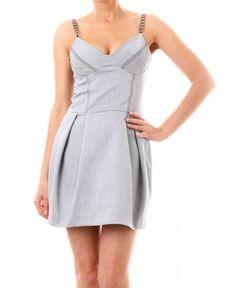 Ефирна бледо сива рокля на Bogaria | http://shopzone.bg/womens/рокли/75031/Bogaria-дамска-рокля-от-сив-деним