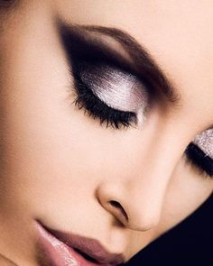 Smokey Eye Black and Silver Makeup