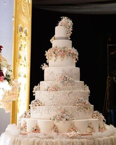 Indescribable Your Wedding Cakes Ideas. Exhilarating Your Wedding Cakes Ideas. 7 Tier Wedding Cakes, Extravagant Wedding Cakes, Small Wedding Cakes, Luxury Wedding Cake, Elegant Wedding Cakes, Beautiful Wedding Cakes, Wedding Cake Toppers, Wedding Cake Designs, Beautiful Cakes