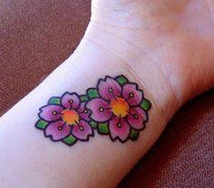 50 Cute Wrist Tattoos