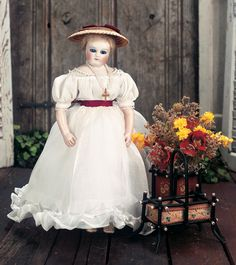 View Catalog Item - Theriault's Antique Doll Auctions - french porcelain rohmer, 13""