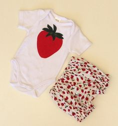 STRAWBERRY BODYSUIT, red strawberry bodysuit and diaper cover, applique cotton bodysuit, clothes for baby girls