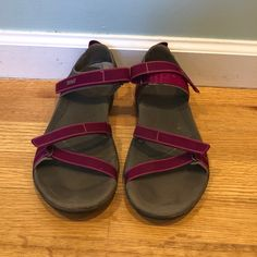 781564dfb3d4 Shop Women s Teva Pink size Sandals at a discounted price at Poshmark.  Description  Lightly used Teva sandles