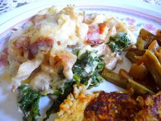 SPLENDID LOW-CARBING BY JENNIFER ELOFF: CHICKEN FLORENTINE CASSEROLE - Wow - probably one of the tastiest casseroles I have ever made! I think you'll LOVE this one! :) Visit us for more great recipes at: https://www.facebook.com/LowCarbingAmongFriends and for the best of the best recipes only at: https://www.facebook.com/LowCarbHitParade