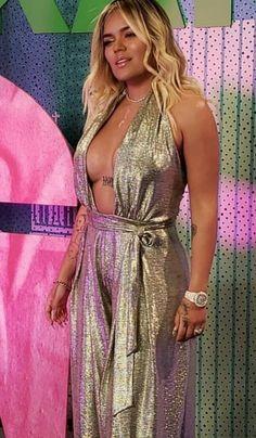 Latin Artists, Jane The Virgin, Trap, Celebs, Celebrities, Kylie, Bikinis, Idol, Queen