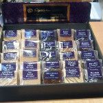 Speciaal voor de winkelier met een passie voor Chocolade en Fudge is er nu een display met de echte Engelse #Fudge by www.bommelsconserven.nl