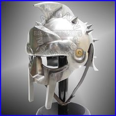 Gladiator Maximus Helmet (with free padded cap) larp / role-play / theatre