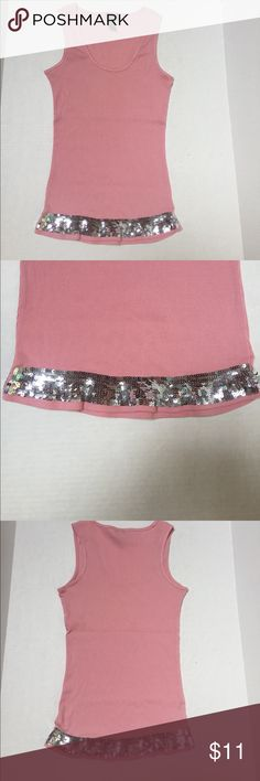 Tank top with sequins This is a cute tank top to wear with jeans, crop pants or basically anything. Measurements from top of the shoulder to the bottom of the tank is approx 24 inches, from under the left arm to under the right arm is approx 14 inches. Tops Tank Tops