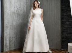 a82a64093c16 29 bästa bilderna på klänningar under 2015 | Alon livne wedding ...