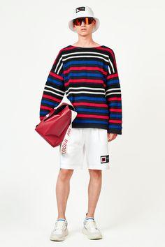 Tommy Hilfiger Spring 2019 Menswear Fashion Show 4754ba34138d5