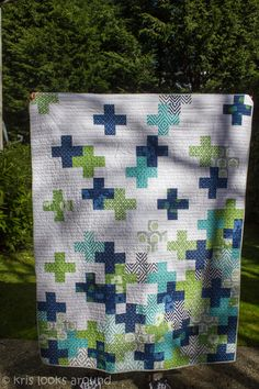 My good friend's birthday was coming up and I wanted to make a quilt for her. I saw this quilt on my friend's Pinterest. click here  WhenI am looking for a new idea for a quilt, first stop is a...