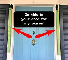 This technique will make your door stand out for any season or holiday! Fall Home Decor, Autumn Home, Diy Home Decor, Holiday Door Decorations, School Decorations, Outdoor Wreaths, Outdoor Decor, Front Door Decor, Front Porch