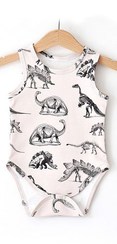 i die for this dino baby onesie <3