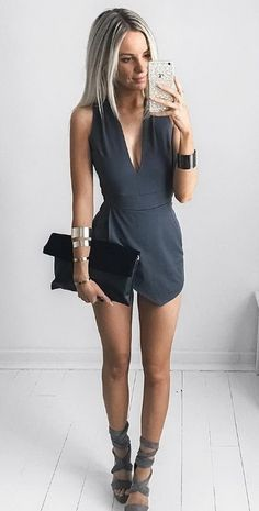 Does it come in white? @windsorstore Details: Perfectly Wrapped Romper Fold Over Clutch