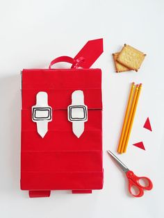 hello, Wonderful - RECYCLED CERERAL BOX BACKPACK FOR KIDS