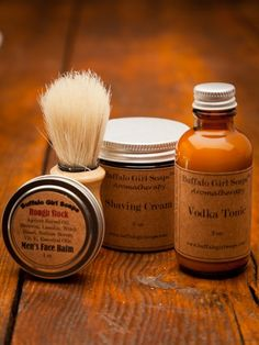 Men's Shaving Kit & Beard Taming they are all natural and This collection of products come conveniently packaged in a portable bag. Perfect size to travel with you, keep at the office or stach in the bathroom drawer.