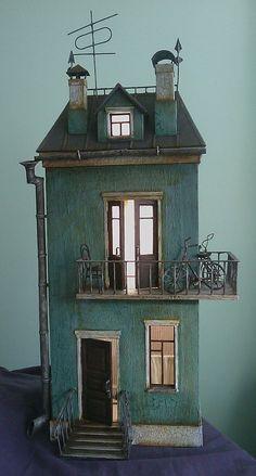 Creepy doll house. So cute!