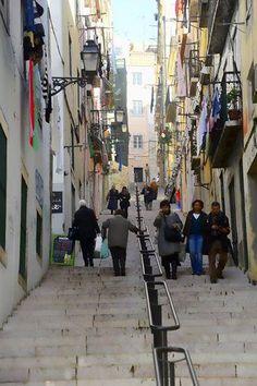 Calçada da Bica Grande, Lisboa. Fotografia de Luís Ponte.