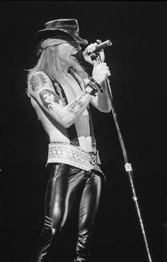 Axl Rose of Guns N' Roses, late '80s #axlrose #gnr #gunsnroses