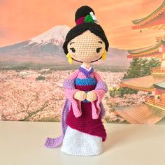 Crochet Dolls Free Patterns, Crochet Doll Pattern, Amigurumi Patterns, Doll Patterns, Cute Crochet, Crochet Crafts, Crochet Projects, Knitting Projects, Crochet Doll Tutorial