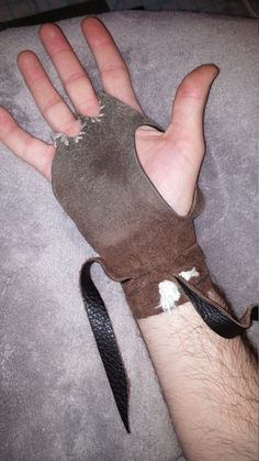 Captain Jack Sparrow Leather palm glove. A perfect accessory for your pirate costume! Add it to any cosplay for only $40 on Etsy.