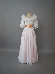 Recreation of a chemise a la reine. By Atelier Caraco Canezou for a JJapanese exhibition on Marie Antoinette