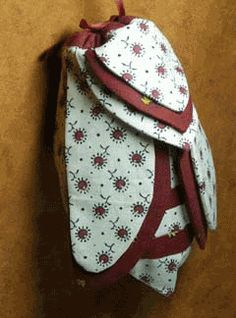 cigale bag tutorial.....like the idea of having a backpack in the shape of a cicada