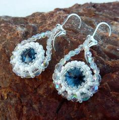 Frozen rivoli earrings Beadwork, Crochet Earrings, Frozen, Pendants, Bracelets, Accessories, Jewelry, Fashion, Bangle Bracelets