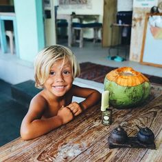 Getting my kids to love a variety of veggies is a serious struggle. Love Your Family, Cute Family, Family Goals, Family Kids, Surfer Kids, Surfer Baby, Beautiful Children, Beautiful Babies, Bohemian Baby