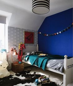 Because little kids bedrooms don't have to be boring! After all, who's looking at the decor - them or you? ]www.claretopham.com super stripey shade by @lovefrankiedotcom #professionalinteriordesigner #ukinteriordesigner #designersussex #interiordesign interiordesignsu Interior Design London, London Brighton, Kids Bedroom, My Design, Bedrooms, Shades, House, Furniture, Instagram
