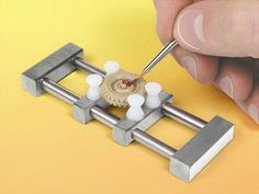 Spring-Loaded Parts Holder, 3/8 Inch - 1-3/8 Inch Capacity