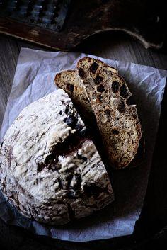 Sourdough Bread with Walnuts & Figs
