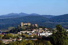 Castillo de San Vicente en Monforte, visto desde el mirador de Distriz