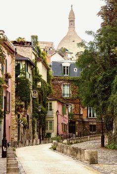 Wander the artistic streets of Montmartre Paris, and discover the legends of the most bohemian neighborhood in the city. Montmartre Paris, Restaurants In Paris, Paris Travel, France Travel, Paris France, Cool Places To Visit, Places To Travel, Travel Destinations, Paris City