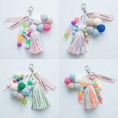 21차. #미코키링 OPEN www.mystikotita.com #미스티코티타 #핸드메이드 #테슬키링 #니팅 #뜨개키링 #태슬키링 #핸드메이드키링 #mystikotita #handmade #keychain #keyring #tassels #tasselkeychain #tasselkeyring Crochet Keychain, Diy Keychain, Tassel Keychain, Hand Knitting, Knitting Patterns, Crochet Patterns, Handmade Keychains, Handmade Gifts, Crochet Crafts