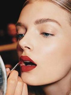How to become a red lipstick girl: Here are the tips celeb makeup artist Quinn Murphy says guarantee that any of us can be wear the bold, classic shade | allure.com