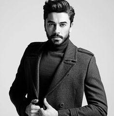 Turkish Men, Turkish Beauty, Turkish Actors, Fall Eyeshadow Looks, Blue Eyeshadow Looks, Actor Studio, Handsome Faces, Historical Fiction, Facial Hair