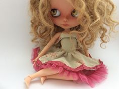 doll clothes for neo blythe / lolita dress / for pullip or similar dolls / unique one piece outfit / vintage aged tea dyed dress / floral by LittleBirdBlythe on Etsy https://www.etsy.com/listing/484435247/doll-clothes-for-neo-blythe-lolita-dress