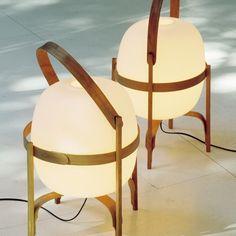 Santa & Cole's Cesta table lamp, designed by Miguel Milá