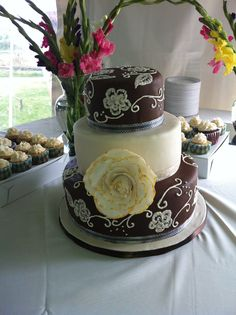 Brush embroidery ivory on chocolate brown with antique giant rose